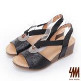 SM-羅馬系列-V字領金屬飾環雷雕楔型涼鞋-黑色
