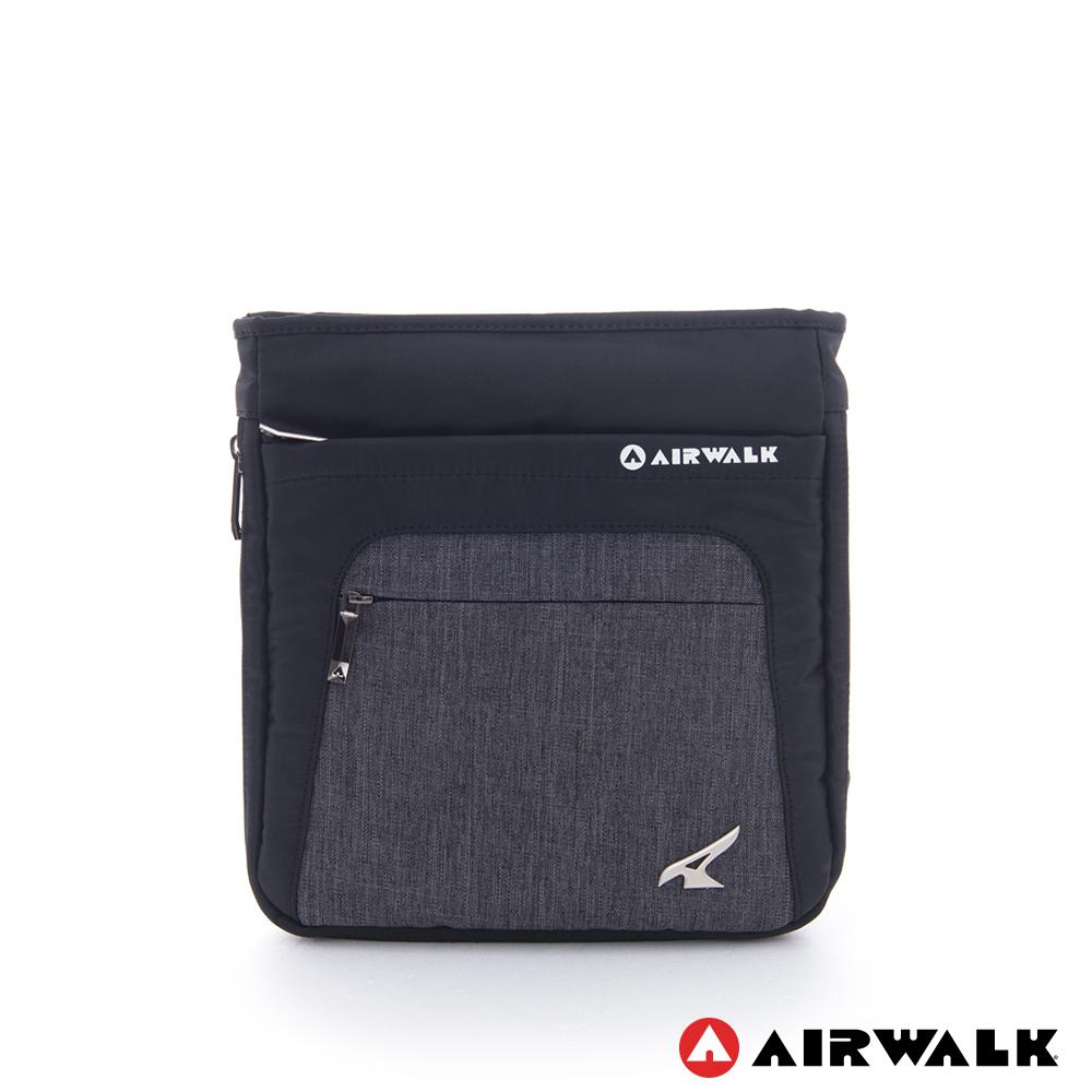 AIRWALK -哆啦A夢 雙料可調式歐式扁方斜背包-黑灰