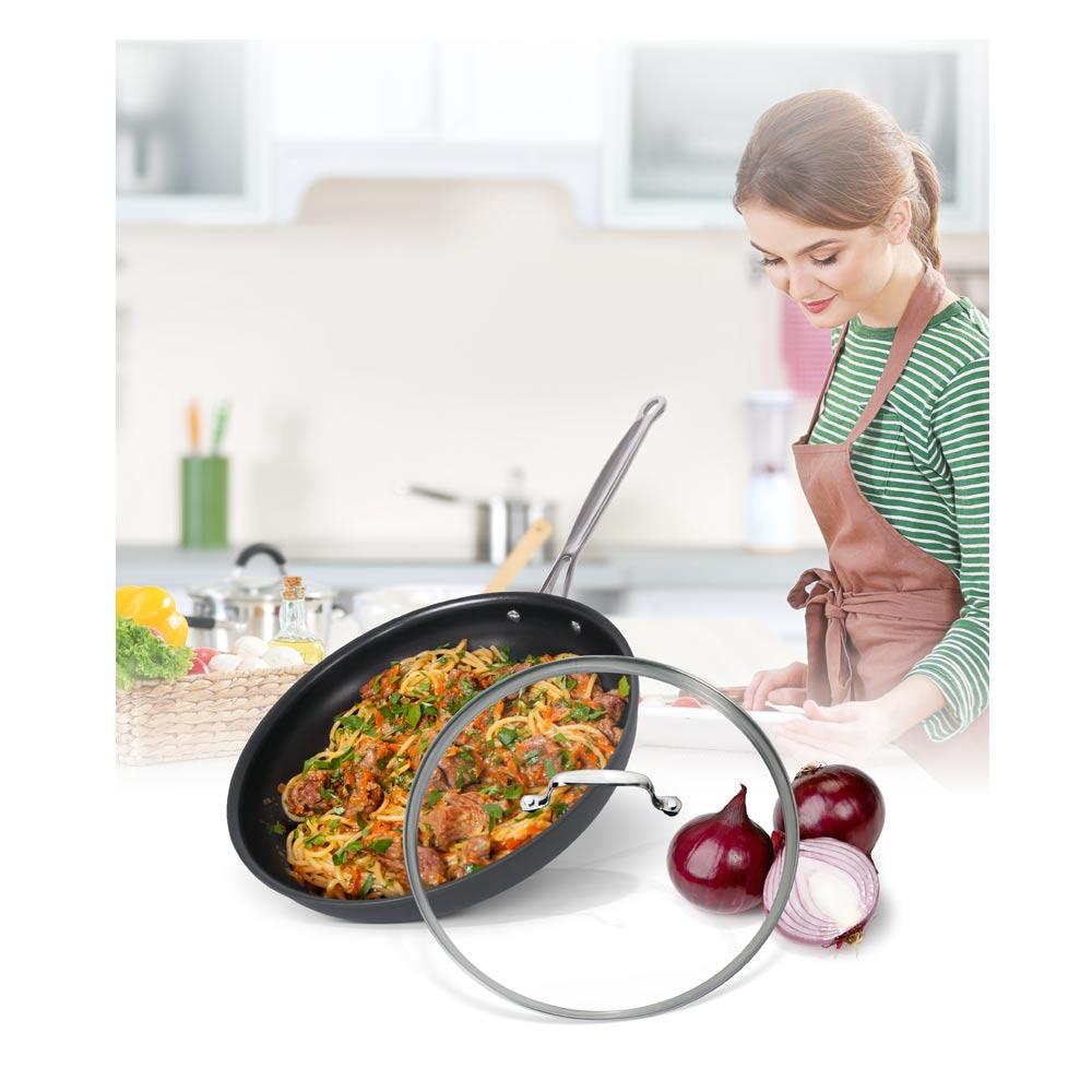美國Cuisinart美膳雅 經典主廚不沾超硬陽極系列-單柄煎鍋30cm(622-30GTW)