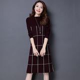 【Jisen】美麗方格半高領針織洋裝 ( M - 2L ,共二色)