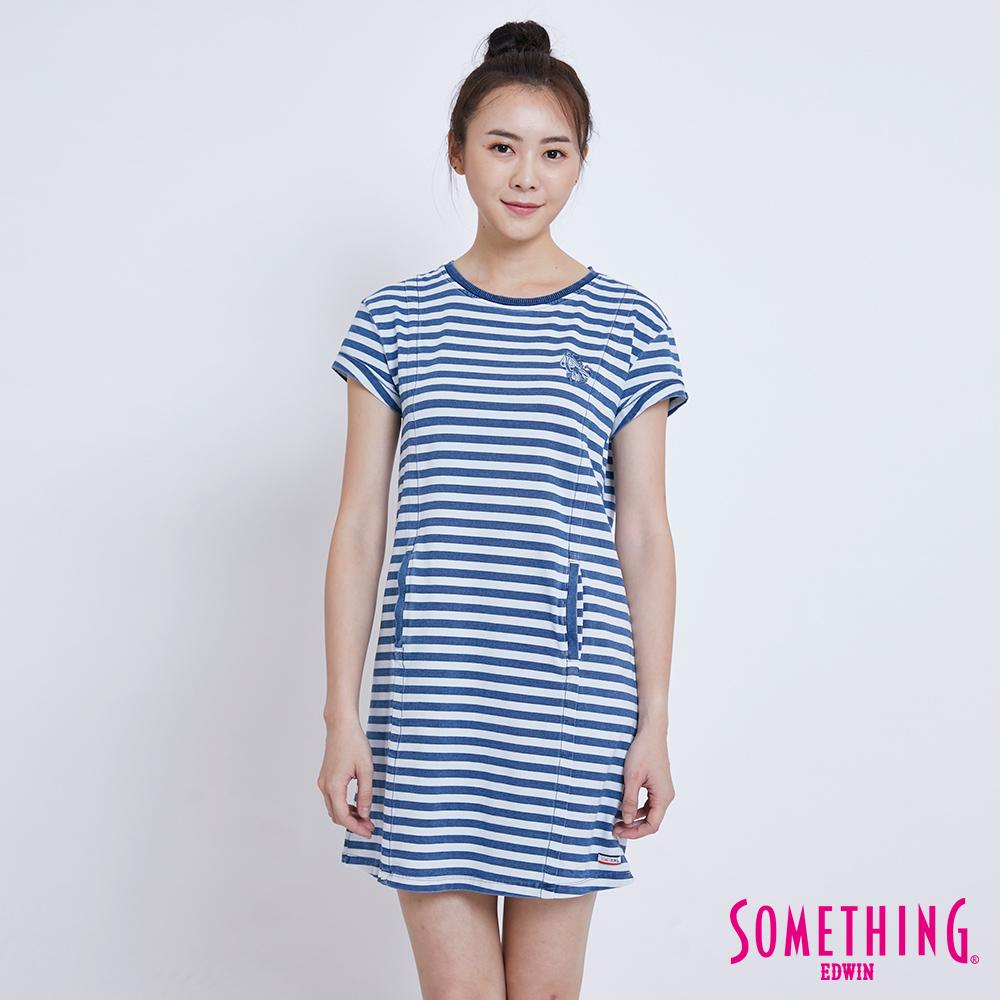 SOMETHING 休閒靛藍條紋長版短袖T恤-女-漂淺藍