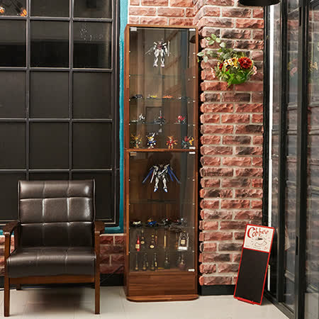工業風 強化玻璃收藏櫃