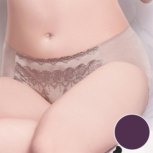【莎薇】魔力推推魔翼蕾絲-舒適無痕 M-2L 中低腰平口內褲(暗夜紫)
