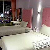 高雄 獅子王商務旅館(漢來飯店旁)-精緻型平日雙人房[兩張一套]