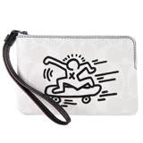 COACH x Keith Haring 聯名款滑板人塗鴉 PVC 拉鍊手拿包(米白)F12998
