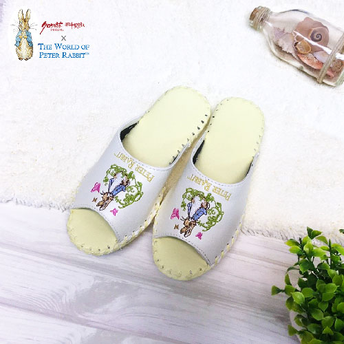 【クロワッサン科羅沙】Peter Rabbit 室內鞋 綠藤蝶皮拖 淺黃24CM