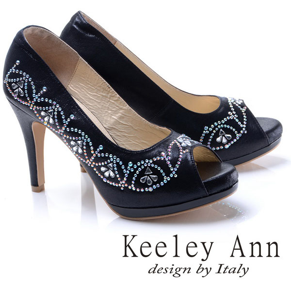 Keeley Ann高貴迷人~閃耀水鑽花紋造型真皮軟墊高跟魚口鞋(黑色785058210)