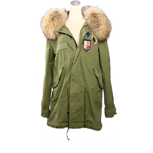 【MR&MRS】ARMY MINIPARKA QUILT LINING徽章外套(軍綠)