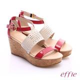effie 摩登美型 羊皮拼接配色飾扣楔型涼鞋(桃紅)