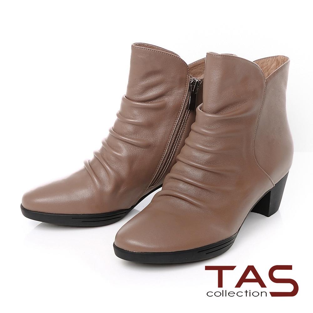 TAS 牛皮抓皺素面斜口粗跟短靴-微醺卡其