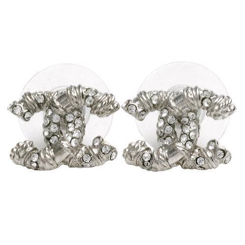 CHANEL 香奈兒經典仿舊羅紋雙C LOGO水鑽鑲嵌穿式耳環(銀)