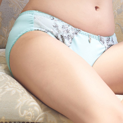 【EASY SHOP】花園秘戀 中腰三角褲(清新綠)