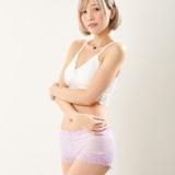 Wonderland 法式蕾絲美臀無痕內褲(紫)