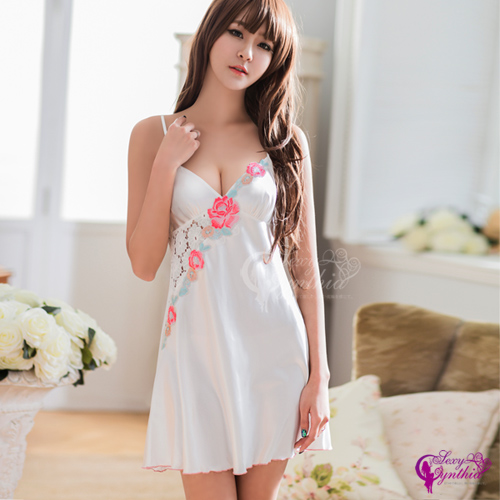 【Sexy Cynthia】性感睡衣 典雅純白花漾刺繡緞面性感睡衣