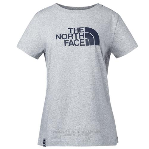 【美國 The North Face】女新款 大LOGO透氣純棉短袖.機能性吸濕排汗衣.運動圓領T恤/柔軟易打理面料.領後耳機環設計/3CJ2 淺灰