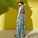 ICHE 衣哲 熱帶風情滿版印花雪紡時尚度假洋裝-綠