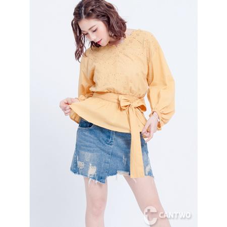 CANTWO刺繡布蕾絲綁帶上衣(共三色)