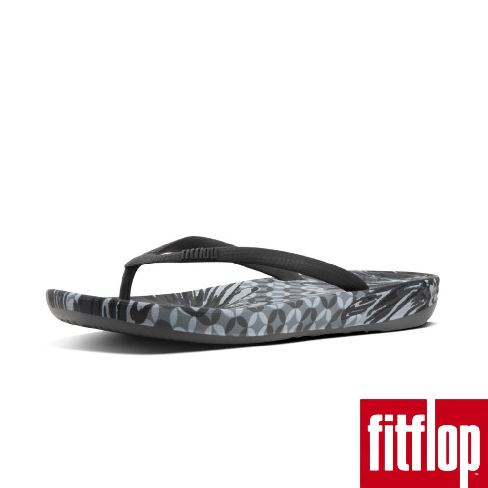FitFlop™-(女款)IQUSHION™ ERGONOMIC FLIP FLOPS - DAISY-PRINT-黑色印花