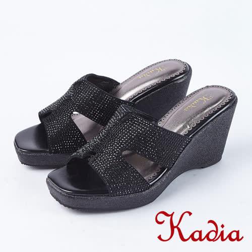 Kadia.閃耀水鑽氣質楔型高跟涼鞋(8127-91黑)
