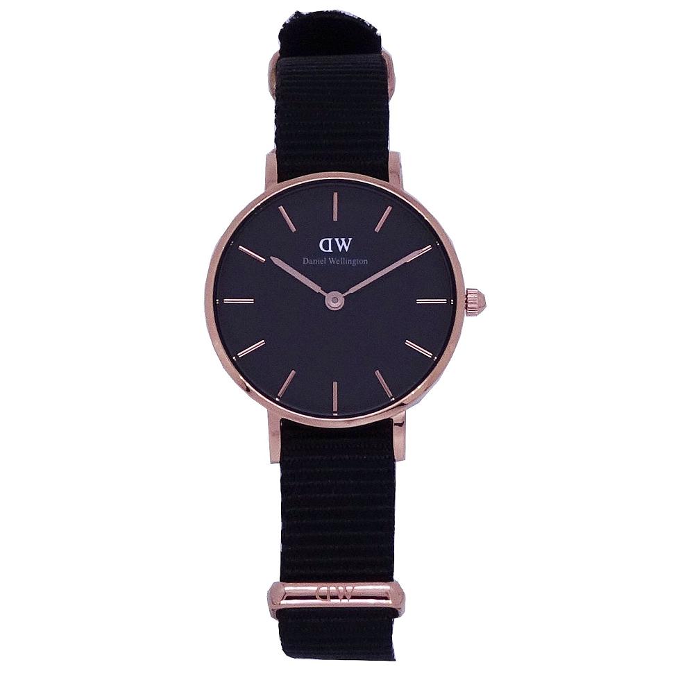 DW Daniel Wellington 經典中的珍貴收藏時尚優質尼龍帶腕錶-黑金/28mm-DW00100247