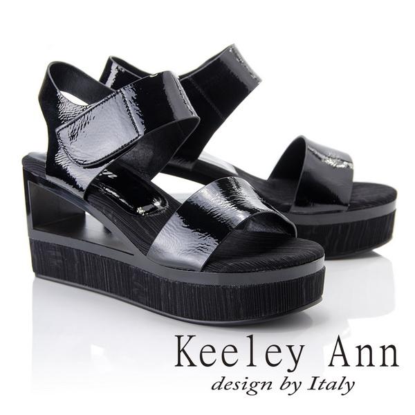 Keeley Ann漆皮質感~日系幾何造型素面全真皮厚底楔形涼鞋(黑色822542110-Ann系列)