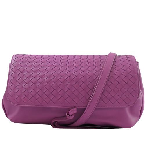 BOTTEGA VENETA 經典編織羊皮翻蓋肩背包.粉紫