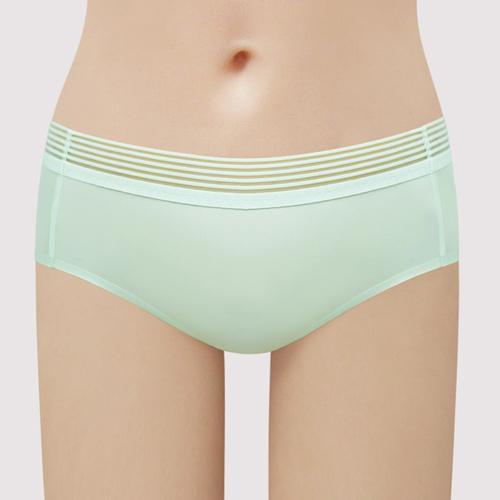 【曼黛瑪璉】低腰平口無痕內褲(雅緻綠)