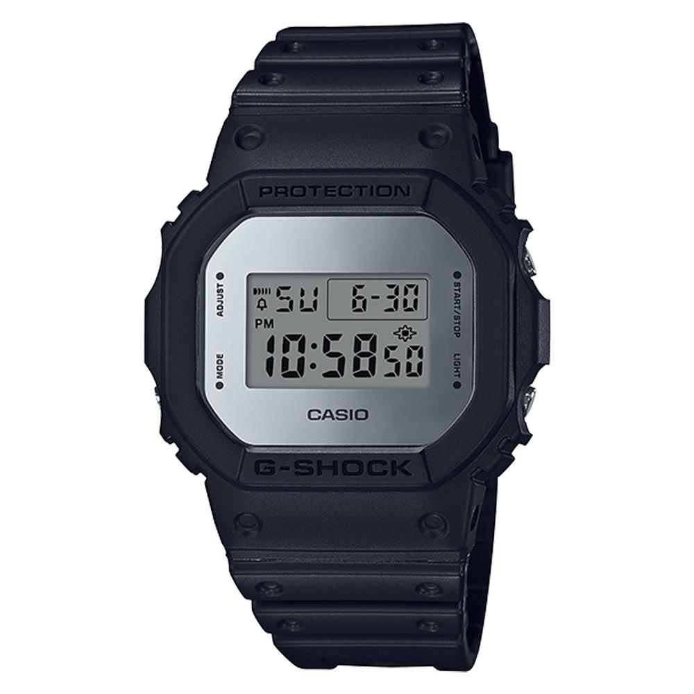 G-SHOCK 復刻經典電子男錶 樹脂錶帶 銀色錶面 防水200米 DW-5600BBMA-1D