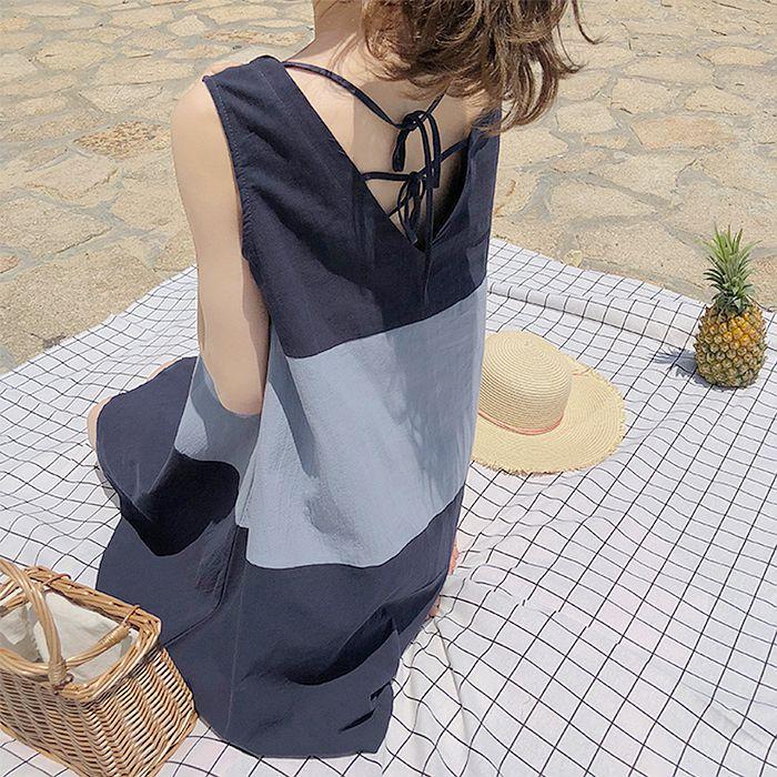 【韓系女衫】寬版層次色彩背面小心機洋裝-2色