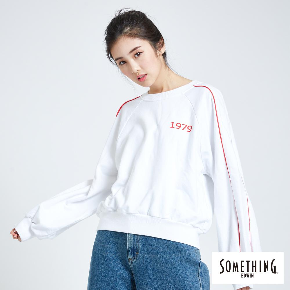 SOMETHING 青春高校 1979運動風長袖大學T恤-女-白色
