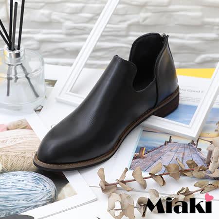 【Miaki】短靴.韓風嚴選木跟尖頭鞋 (黑色)