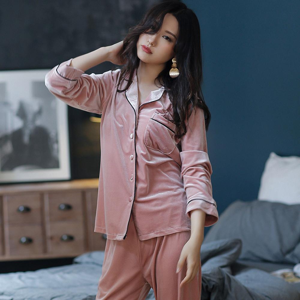 Wonderland 韓國絨時尚風格西裝領衣褲組