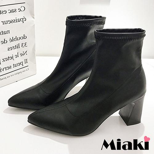 【Miaki】踝靴.首爾都會尖頭粗跟短靴 (黑色)