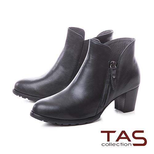 TAS側拉鍊素面牛皮V口粗跟短靴–個性黑