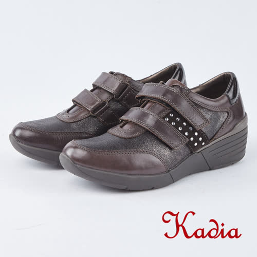 kadia.魔鬼氈楔型休閒鞋(8952-70咖啡色)