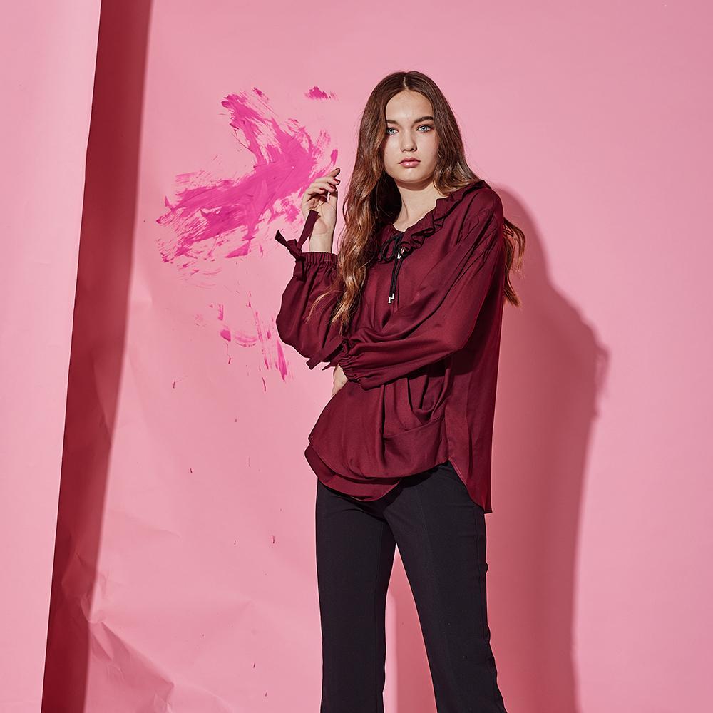 ICHE 衣哲 時尚荷葉波浪蝴蝶結燈籠袖鬆緊造型上衣-紅