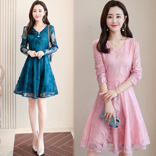 【韓國KW】(預購) 2XL-5XL 親膚蕾絲V領訂珠洋裝