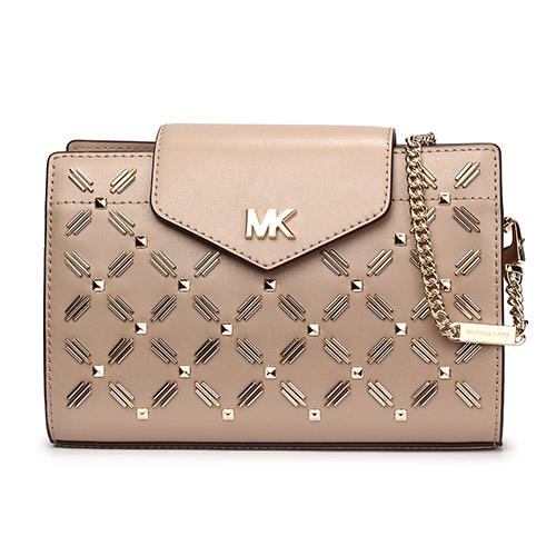MICHAEL KORS 鉚釘裝飾皮革鍊帶中型斜背包-淺粉色