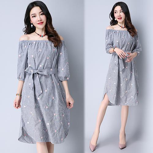【韓國KW】(現貨) 小復古滿版小繡花洋裝