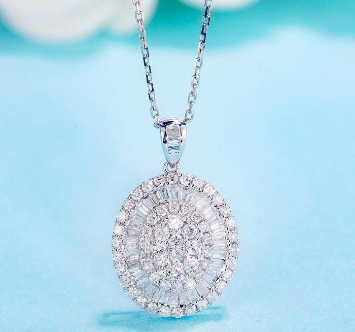 【光彩珠寶】18K金鑽石項鍊 巴黎女伶