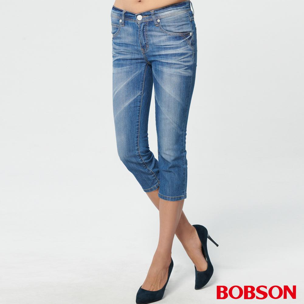 BOBSON 女款低腰刷銀漿牛仔七分褲(227-53)