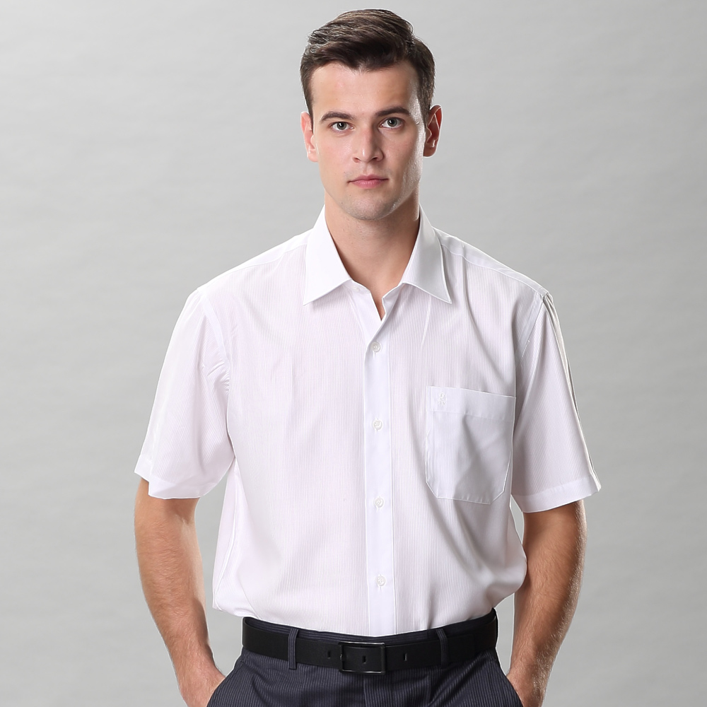 ROBERTA諾貝達 台灣製 合身版 吸濕排汗 乾爽舒適 條紋短袖襯衫 白色