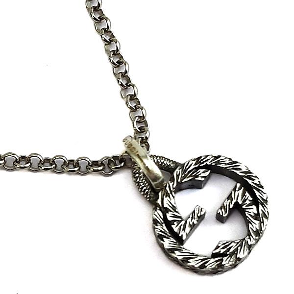 GUCCI 復古925純銀雕花 Interlocking G 925純銀雙G墜飾項鍊