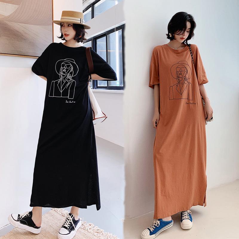 【韓系女衫】L~3XL中袖時尚綿質寬版抽象女王圖開叉洋裝-2色