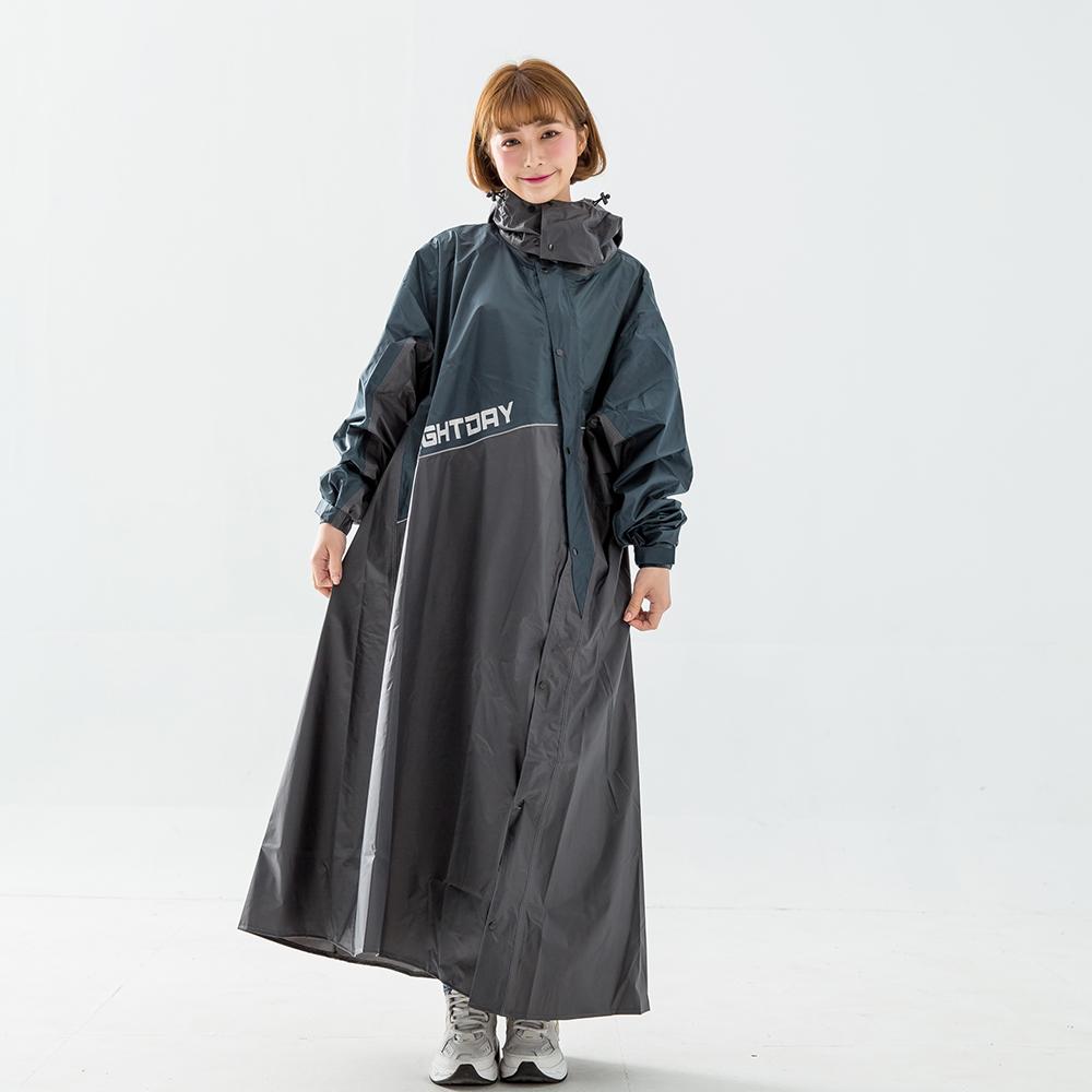 OutPerform-終結者斜開專利連身式雨衣-墨綠