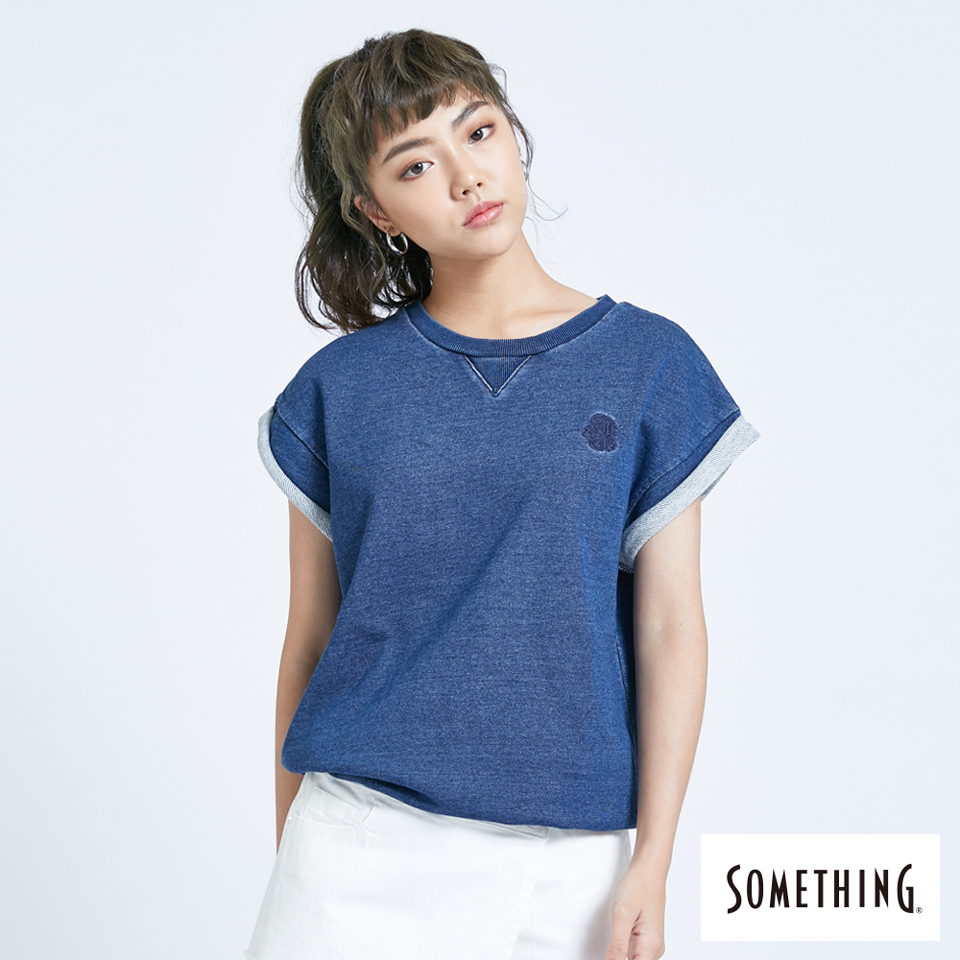 【SOMETHING】牛仔反摺短袖T恤-女款-酵洗藍