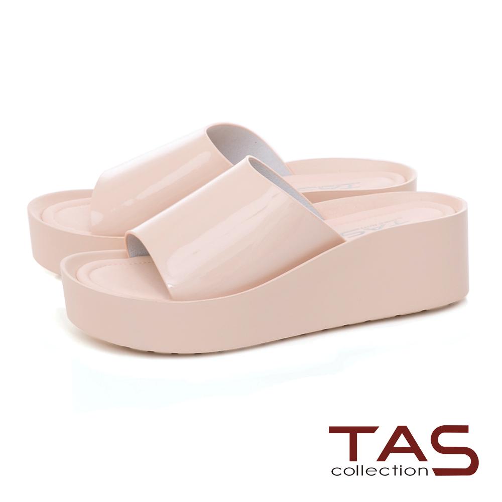 TAS一字寬版漆皮楔型涼拖鞋-輕感膚