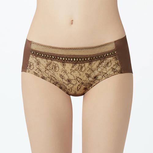 【瑪登瑪朵】無比集中 低腰平口內褲(享樂棕)