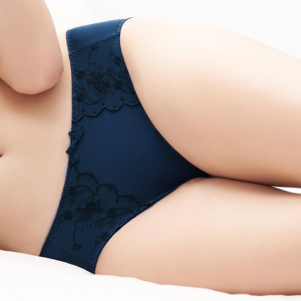 【EASY SHOP】眺望幸福 中腰三角褲(海灣藍)