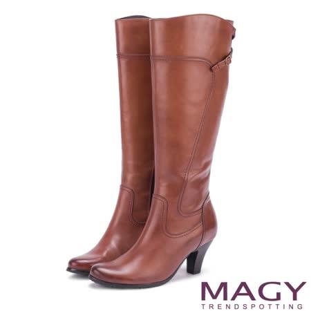 【MAGY】 蠟感牛皮細帶交叉長靴